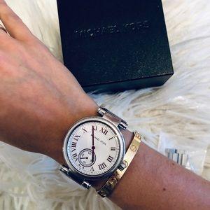 Michael Kors Jewelry - Michael Kors Ladies Skylar silver watch
